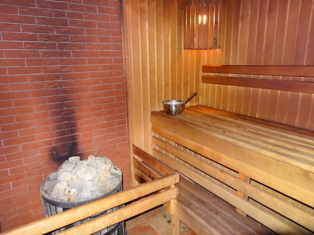 В бане 220 кг камней для полива